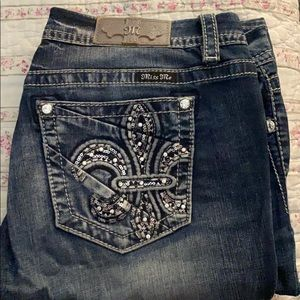 Size 32 Miss Me Jeans Mid-Rise Easy Bootcut